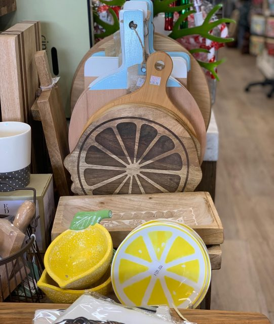 Wishing you all a relaxing, sunny public holiday! 🌞We recommend treating yourself to a cheese board and GnT to properly celebrate the Queens birthday , we know we will be!😜 Swipe for our all time favourite gin balloons by @waterfordcrystal, and of course the cutest lemon serving board! 😍 #beautifuleragifts #beautifuleragiftscottesloe #publicholiday #queensbirthday #ginandtonic #gnt #ginballoon #waterfordcrystal #lemonboard #cheeseboard #relax #cottesloe #cottesloevillage #perth #perthgiftstore